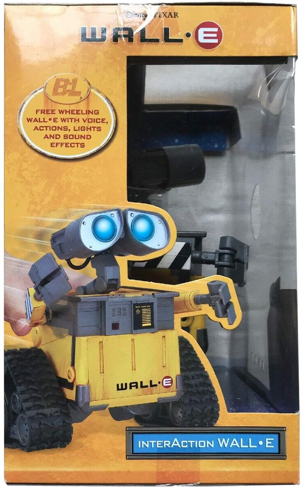 Wall-E Robot by Wow Wee - The Old Robots Web Site